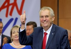 外媒:泽曼成功连任捷克总统 选民赞其愿和中俄合作
