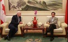 中国驻加拿大大使卢沙野