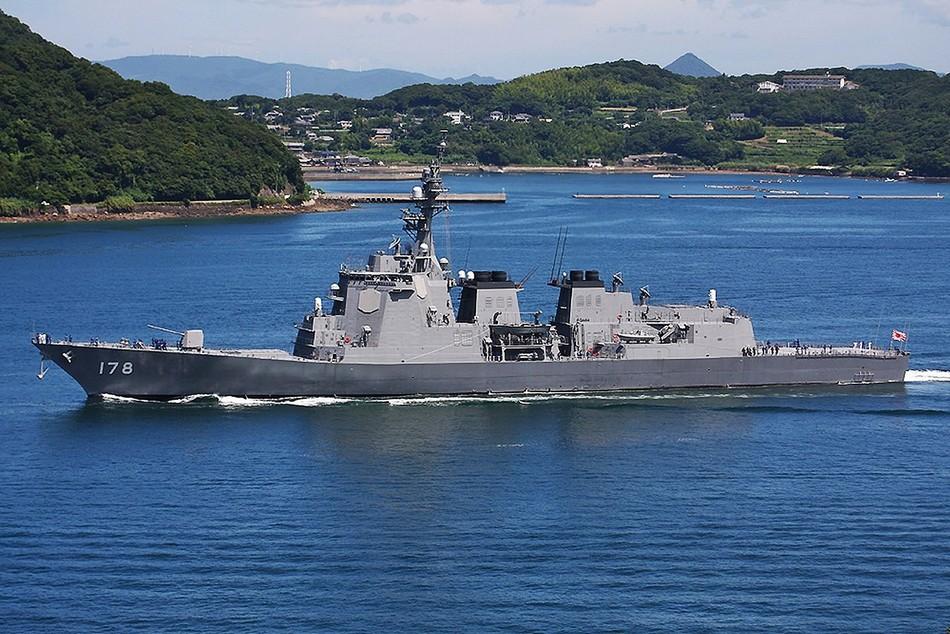 日本海上自卫队宙斯盾舰