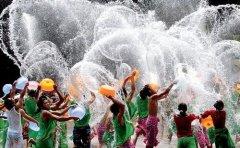 泰国泼水节火热来袭 中国