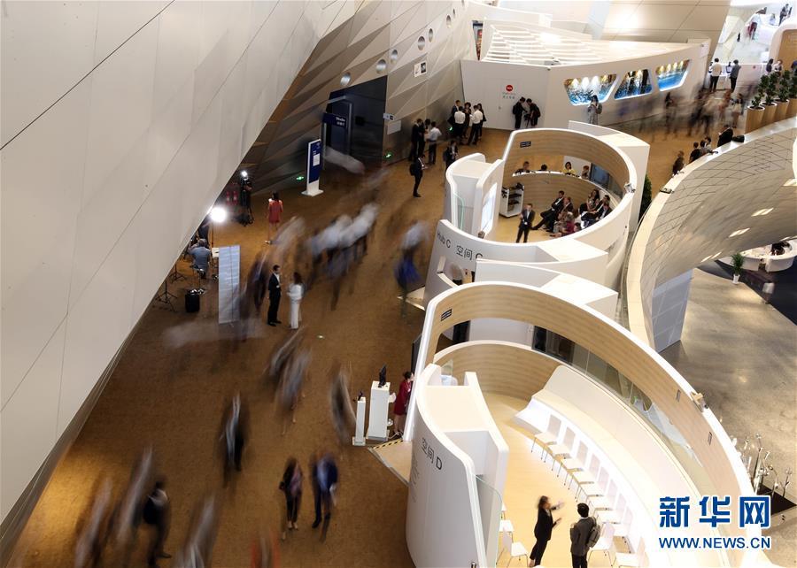 (新华全媒头条·夏季达沃斯论坛·图文互动)(4)携手迈向全球化新时代——夏季达沃斯探寻高质量世界经济之路