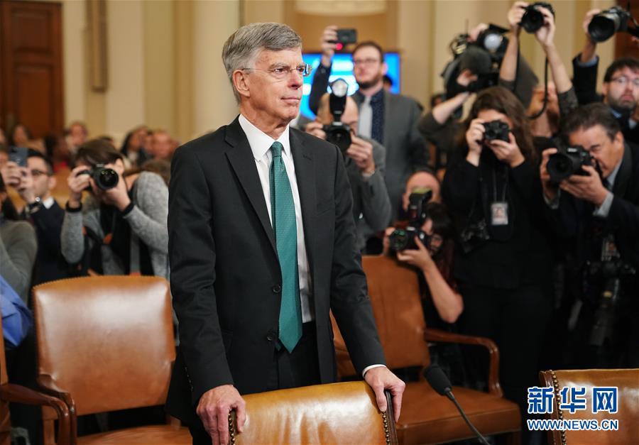 (国际)(3)特朗普弹劾调查进入公开听证阶段