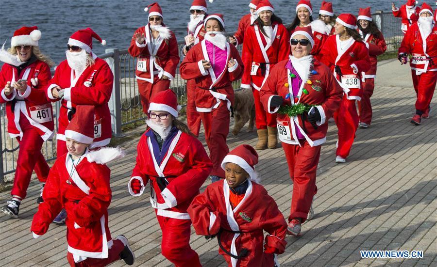 2019 Santa 5K Run held in Ontario, Canada