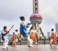 中国式快闪 时尚传播正能