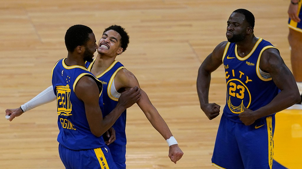 NBA highlights on May 11: Curry's teammates carry Warriors over Suns