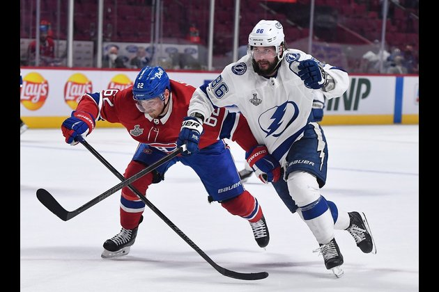 Lightning try to clinch at home over adversity-tested Habs