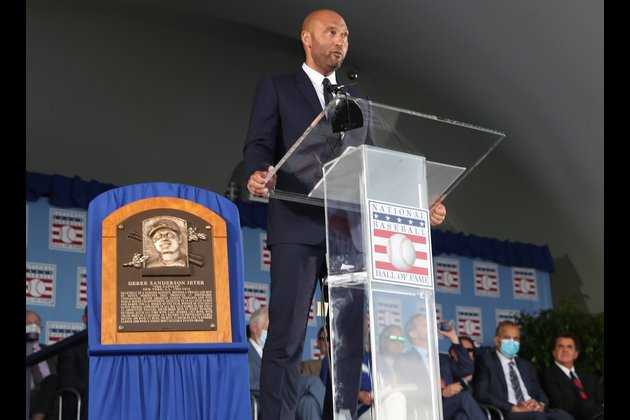 Derek Jeter closes chapter with Hall of Fame induction
